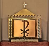 Catholic Q&A # 74: What is the proper gesture of reference towards the tabernacle?